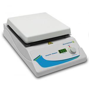 Digital Magnetic Stirrer, 7